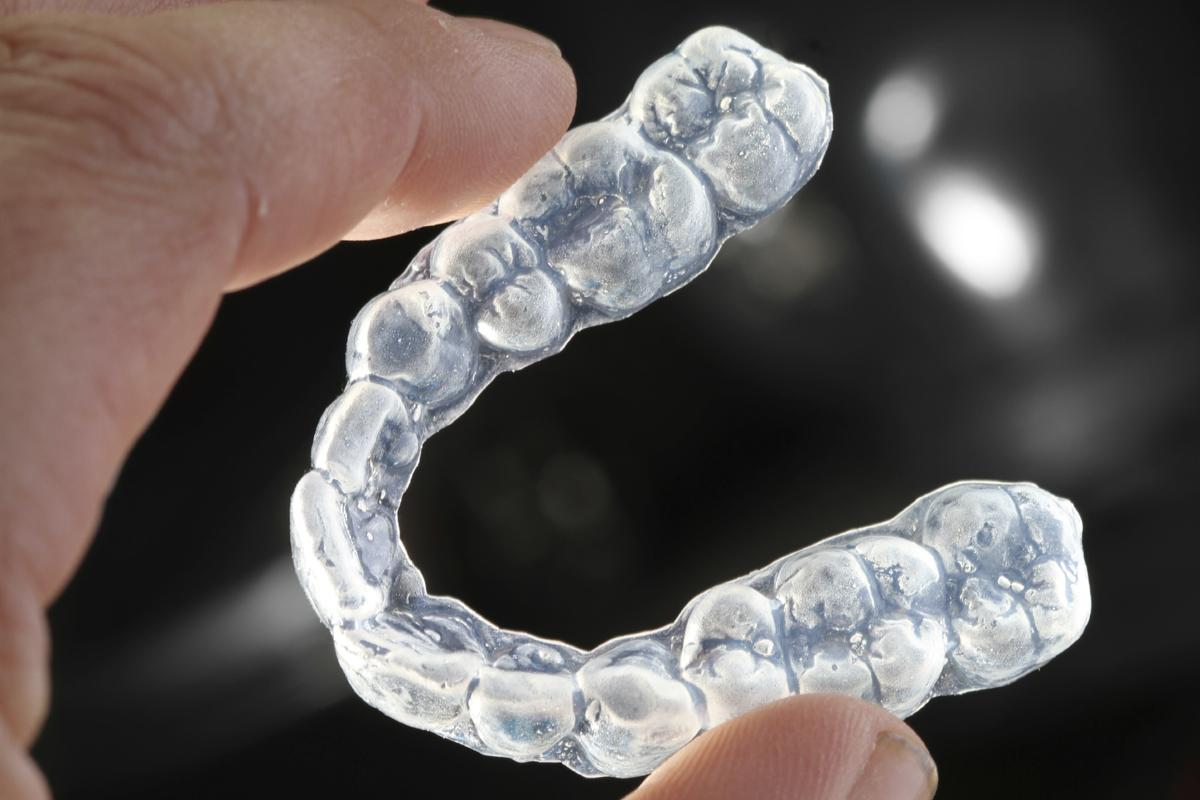 Dental snoring appliance